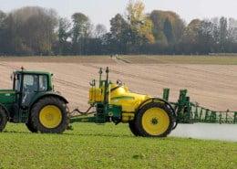 Pestizide: Gift auf dem Acker
